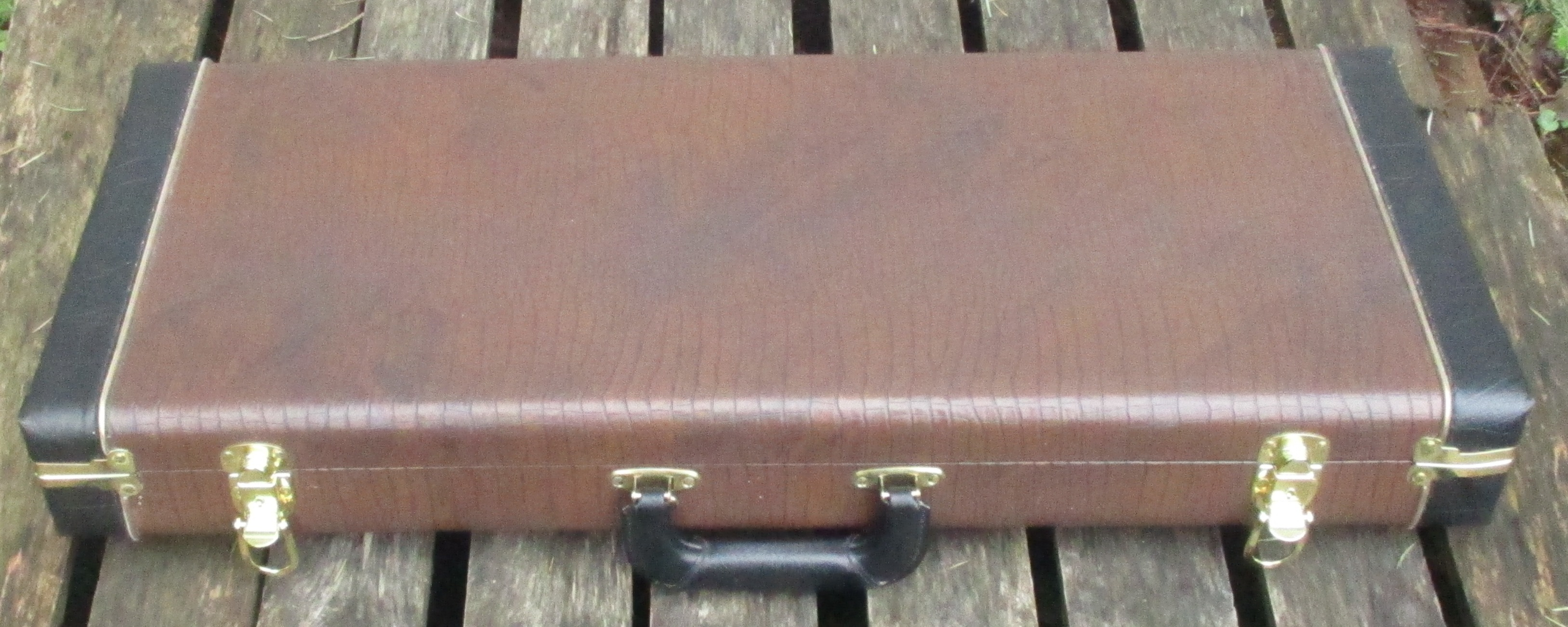 Brown gator case